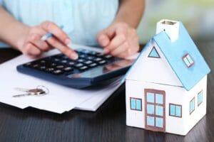 Какова будет переплата, при оформлении кредита под залог квартиры, если сумма кредита равна 3 млн. рублей?